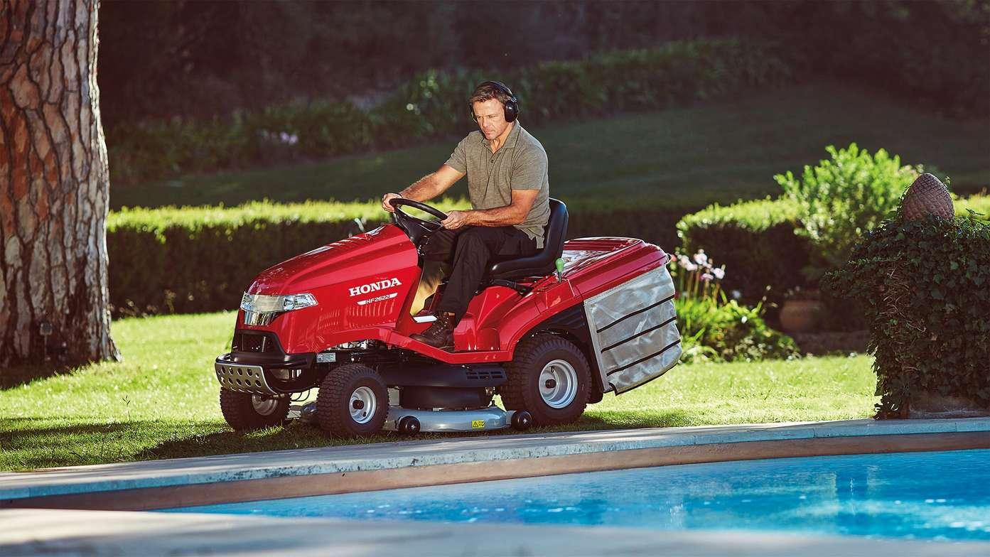 Översikt – TrädgÃ¥rdstraktorer av premiummodell – Åkgräsklippare ... : åkergräsklippare : Inredning